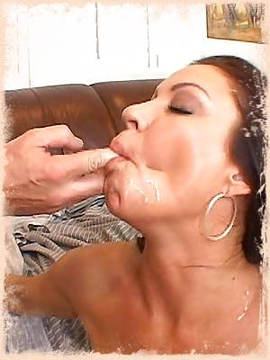 One look at this naughty mommy and you know she loves to get fucked