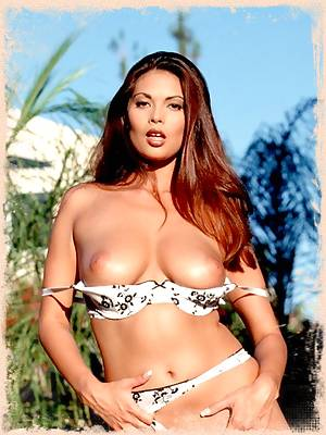 Tera Patrick hot pornstar outdoors stripping nude