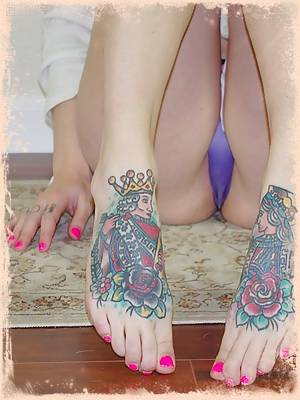 Ivy Snow makes her foot fetish fantasy a reality and gives a cock a footjob